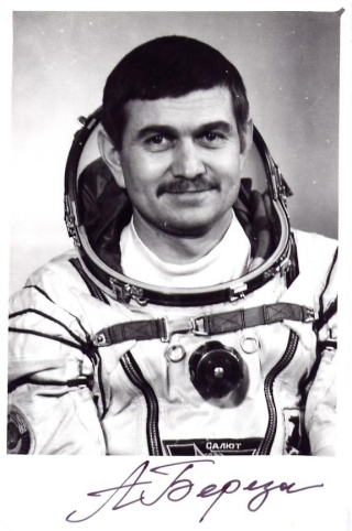 Disparition du cosmonaute Anatoli Berezovoy (1942-2014) Berezo10