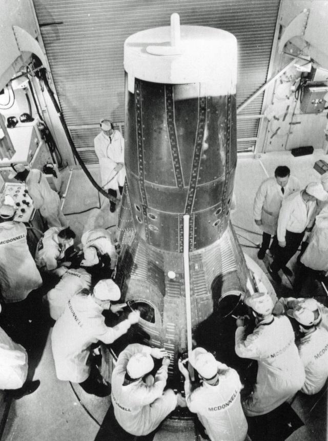 Gemini 3 - Gemini 3 - La mission - Rares Documents, Photos, et autres ... Gemini11