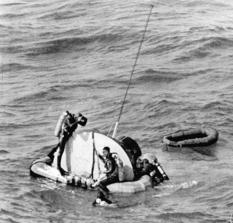 Gemini 3 - Gemini 3 - La mission - Rares Documents, Photos, et autres ... Gemini12