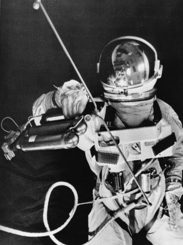 Gemini 4 - La mission - Rares Documents, Photos, et autres / 50 ans Première EVA américaine  Gemini18