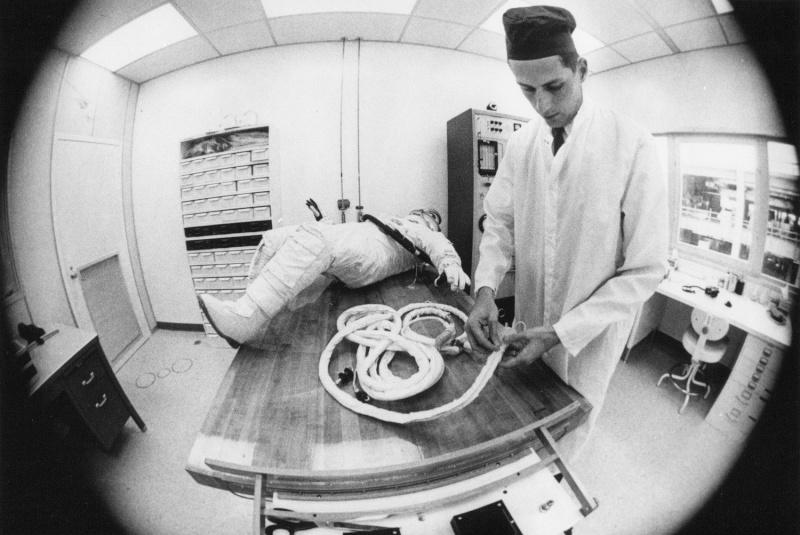 Gemini 4 - La mission - Rares Documents, Photos, et autres / 50 ans Première EVA américaine  Gemini26