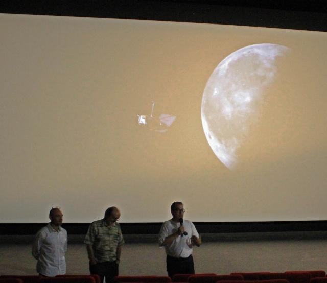 16 septembre 2014 / Ciné-débat autour du film Moonwalk One à Noisy-le-Grand (93) Img_2112