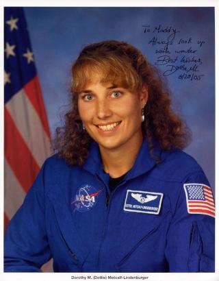 L'astronaute Dottie Metcalf-Lindenberger prend sa retraite Metcal10