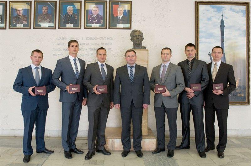 Sélection de 6 / 7 nouveaux cosmonautes 2012-14 / ''repêchage'' d'un échec New-ru10