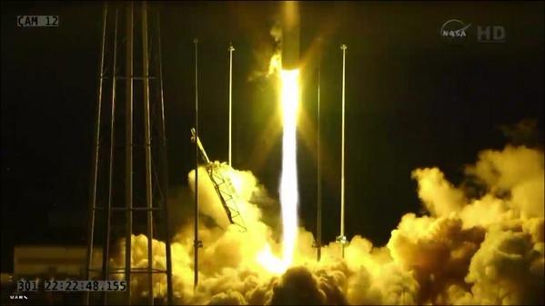 28 octobre 2014 - Lancement vaisseau ravitaillement Cygnus vers l'ISS Orb_3_10