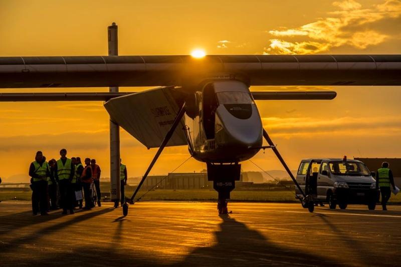 Solar Impulse 2 - Premier vol annoncé pour le 2 juin 2014 Si_rou11