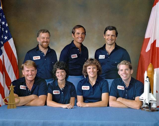 30ème anniversaire de la mission STS-41G / Marc Garneau devient le premier canadien dans l'espace Sts-4112