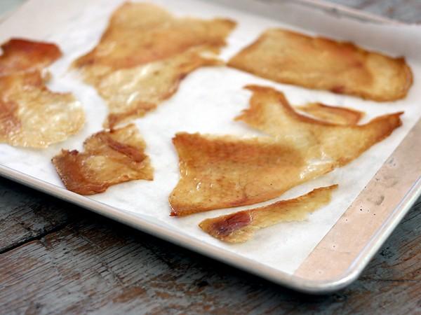 Chips de peau de poulet grillée Flax_c12