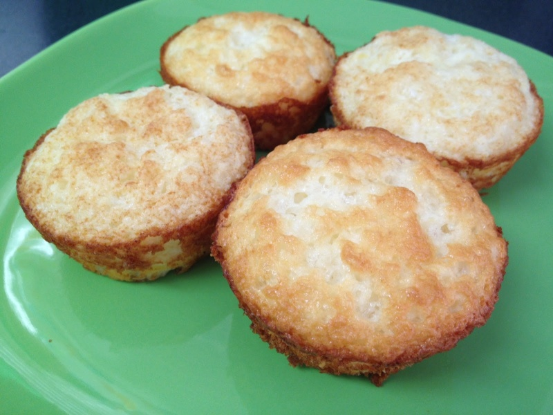 Gâteau des anges-ananas de Pax (aussi muffins WW) Pineap10