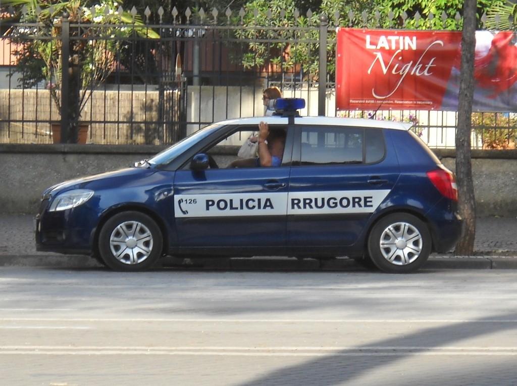 Skoda au service de la police - Page 4 Skoda-15