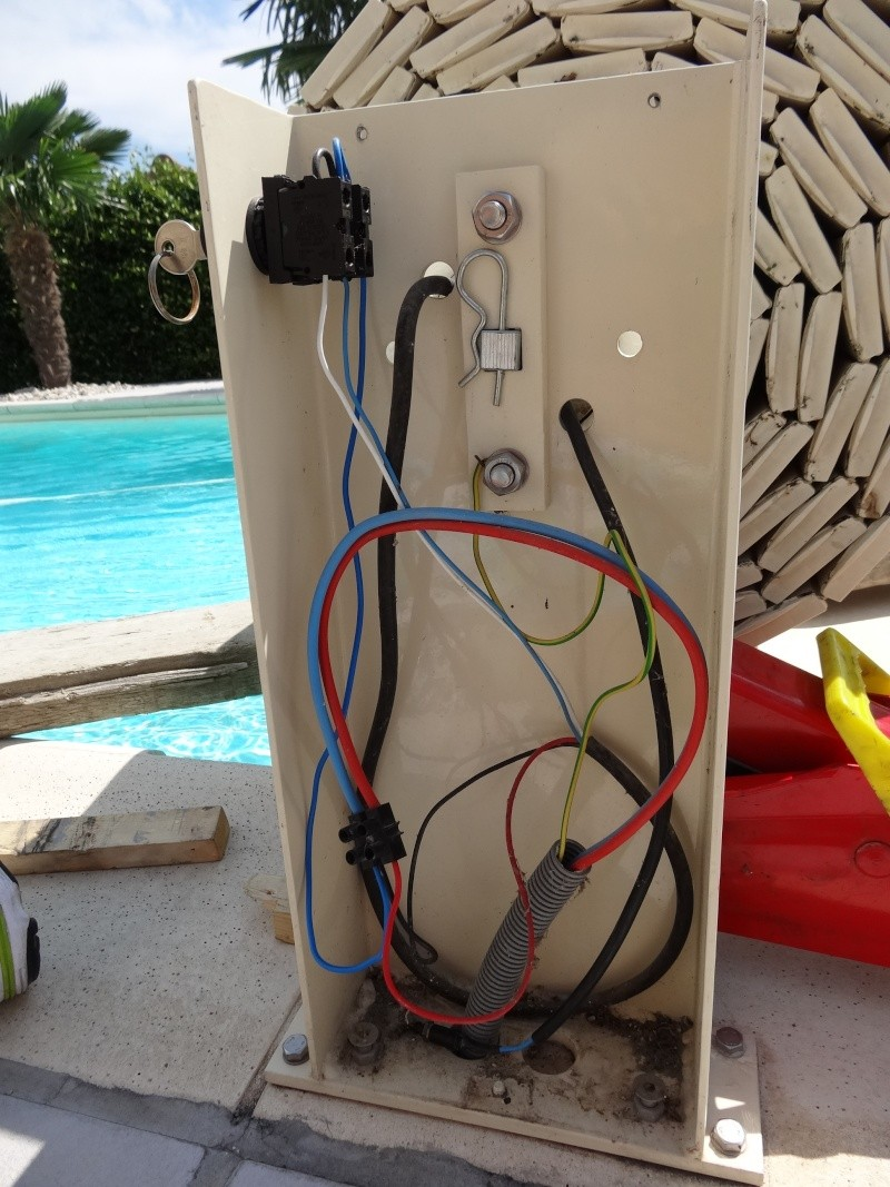 motorisation volet piscine besoin d 39 aide. Black Bedroom Furniture Sets. Home Design Ideas