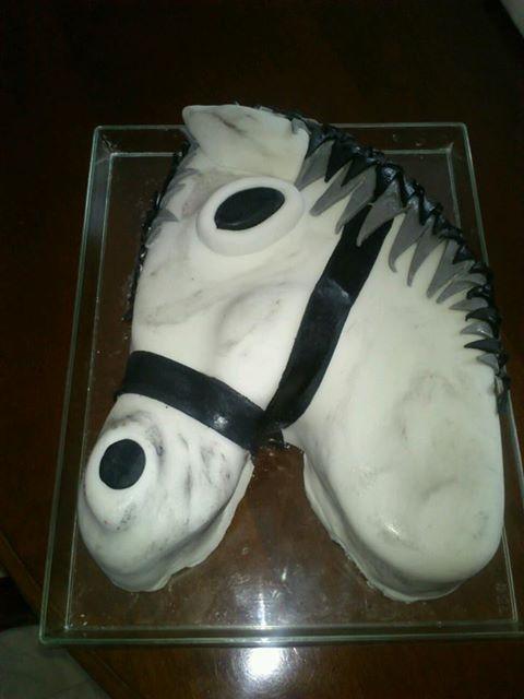 cheval, zèbre et licorne - Page 21 14502810
