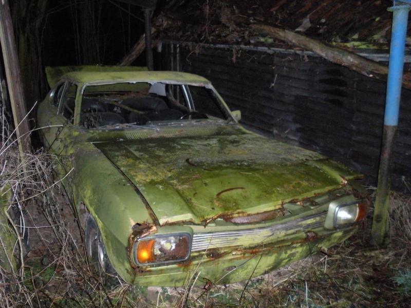 Les voitures abandonnées/oubliées (trouvailles personnelles) Dscn0010