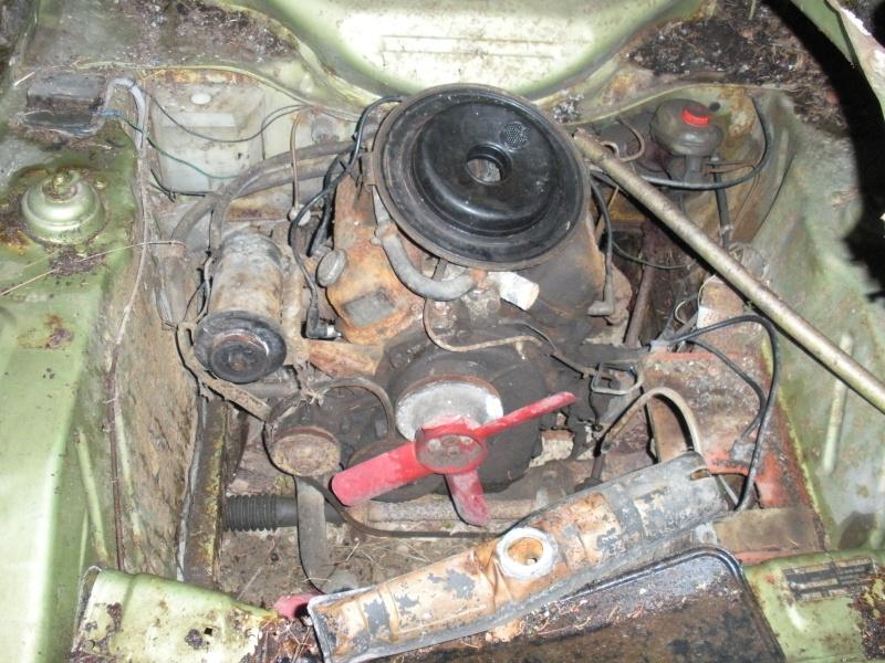 Les voitures abandonnées/oubliées (trouvailles personnelles) Dscn0012