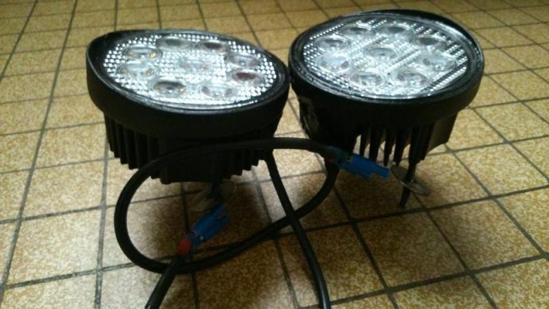 Paire de feux de jour LED Hummer H2 disponible 19079210