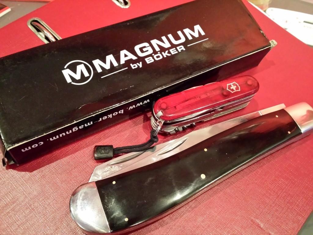 2 WENGERS OFFERTS pour l'achat d'un couteau neuf..non suisse 20140910