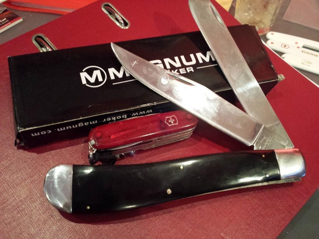 2 WENGERS OFFERTS pour l'achat d'un couteau neuf..non suisse 20140911