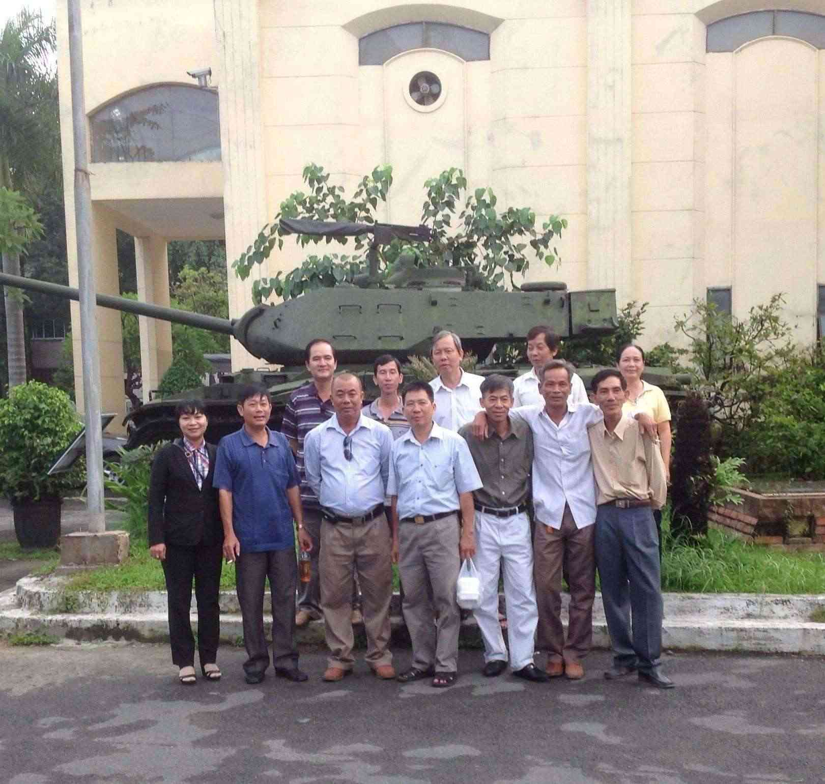 Hoạt động của CHVLQ2 khóa VII trong ngày Thương binh Liệt sĩ 27/07/2014 00211