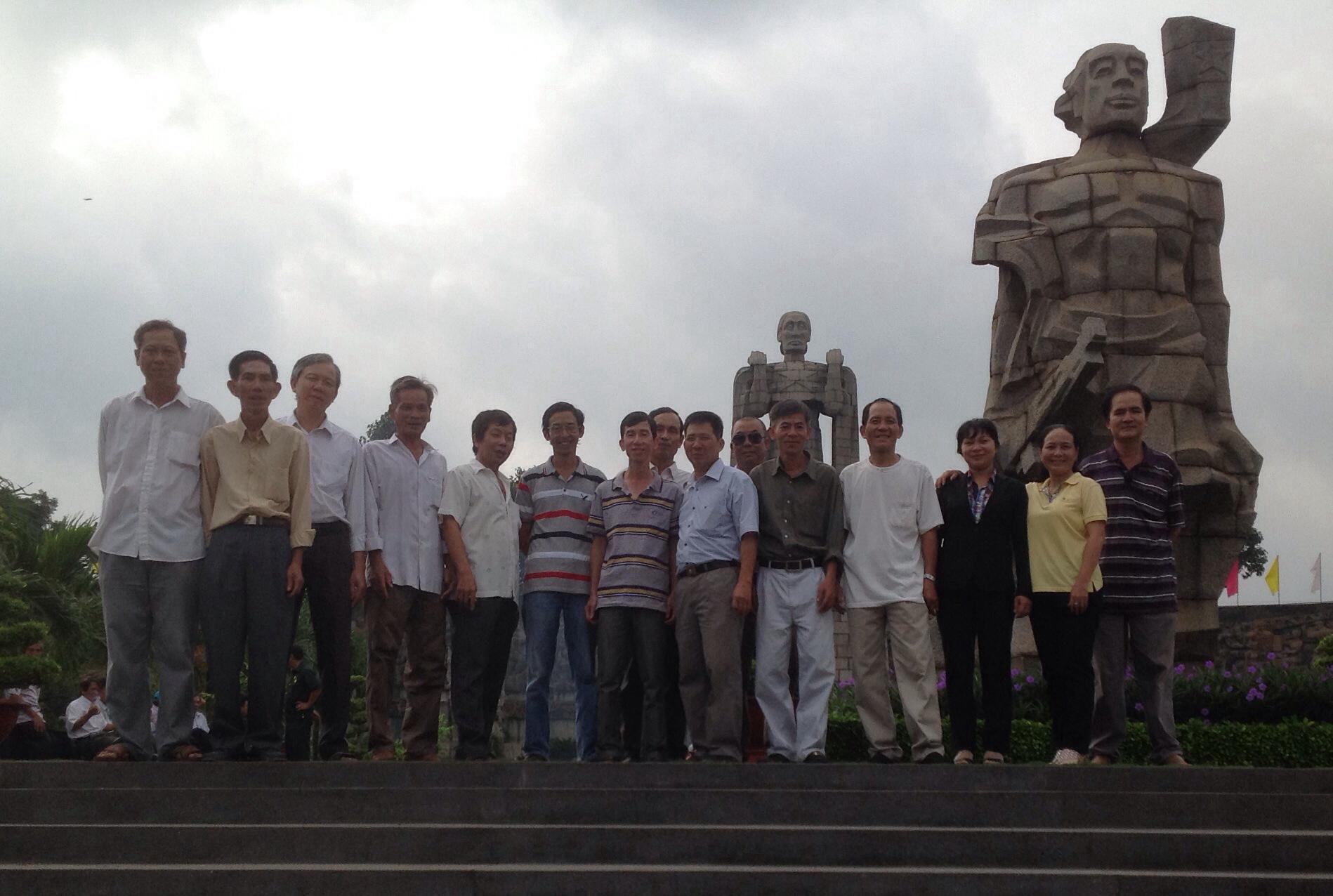 Hoạt động của CHVLQ2 khóa VII trong ngày Thương binh Liệt sĩ 27/07/2014 00510