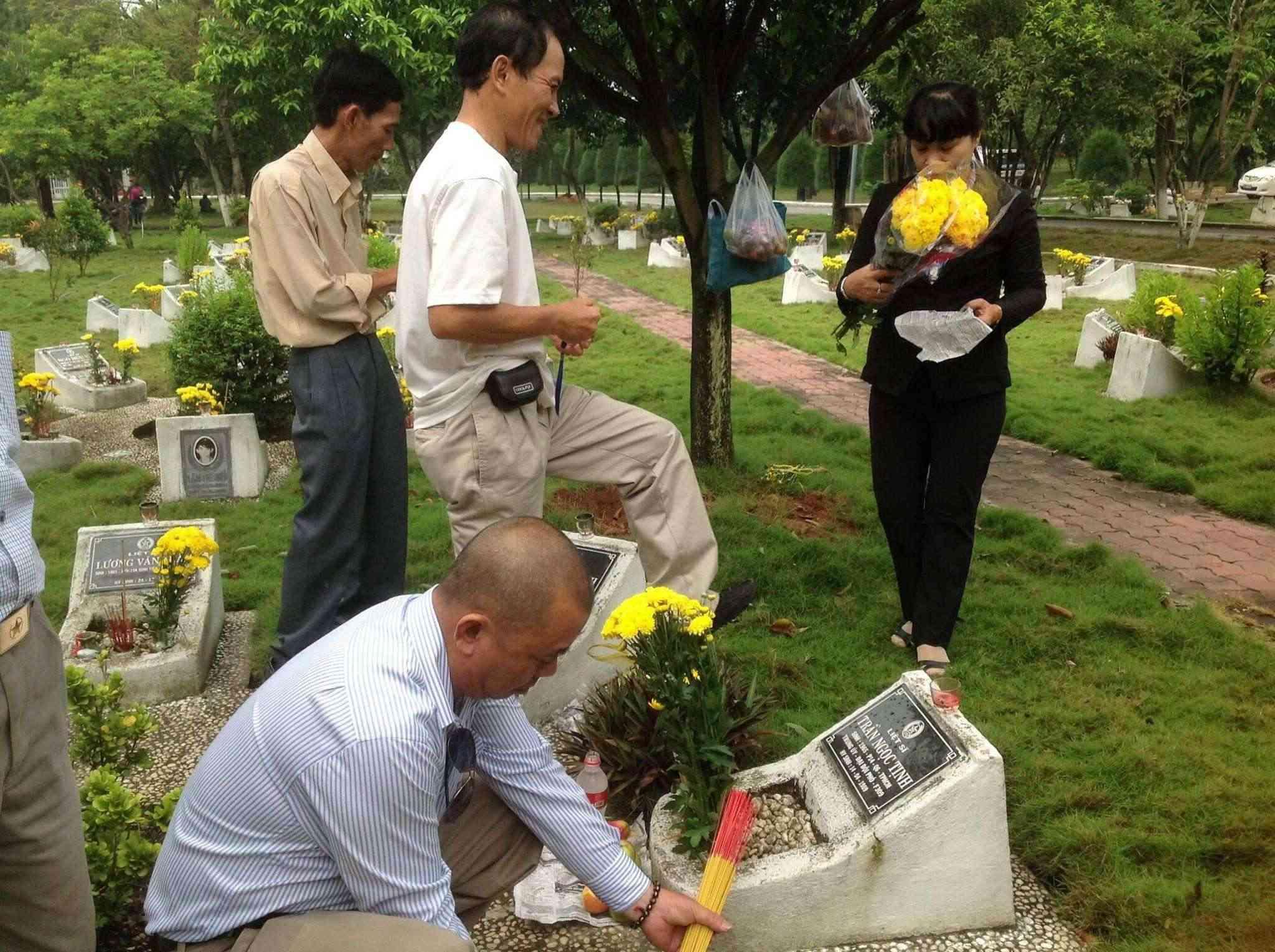 Hoạt động của CHVLQ2 khóa VII trong ngày Thương binh Liệt sĩ 27/07/2014 01110