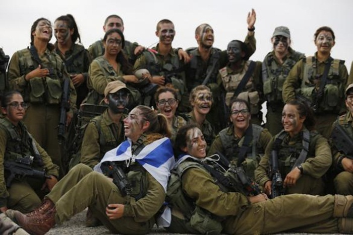 Ngắm biệt đội nữ binh sĩ Israel xinh đẹp Binh1010