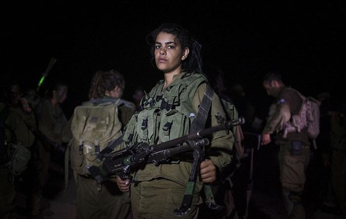 Ngắm biệt đội nữ binh sĩ Israel xinh đẹp Binh6-10