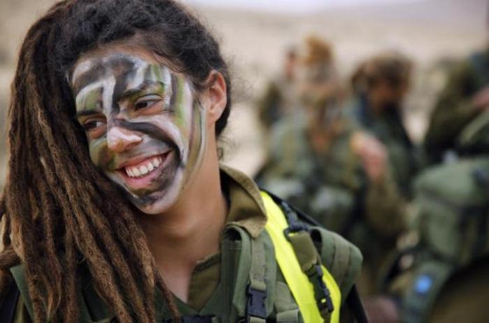 Ngắm biệt đội nữ binh sĩ Israel xinh đẹp Binh7-10