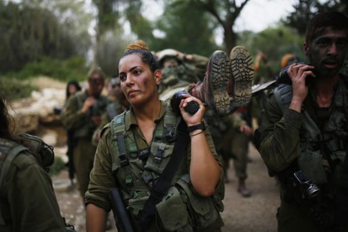 Ngắm biệt đội nữ binh sĩ Israel xinh đẹp Binh9-10