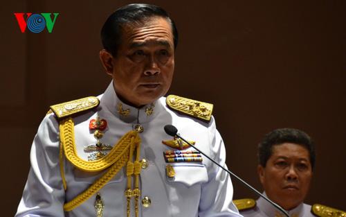 Tình hình Thái Lan - Page 6 Noi_ca10