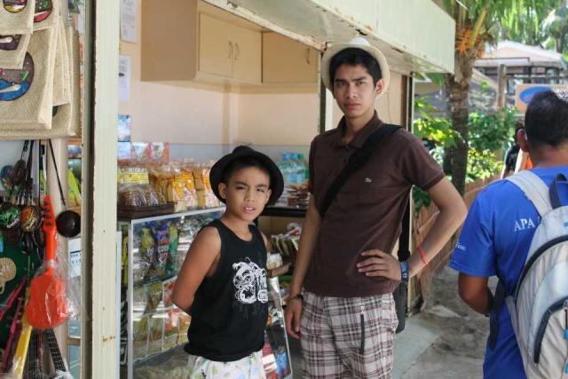 Alex's trip to boracay Bora312
