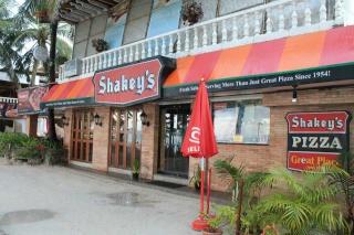 Alex's trip to boracay Shakey10