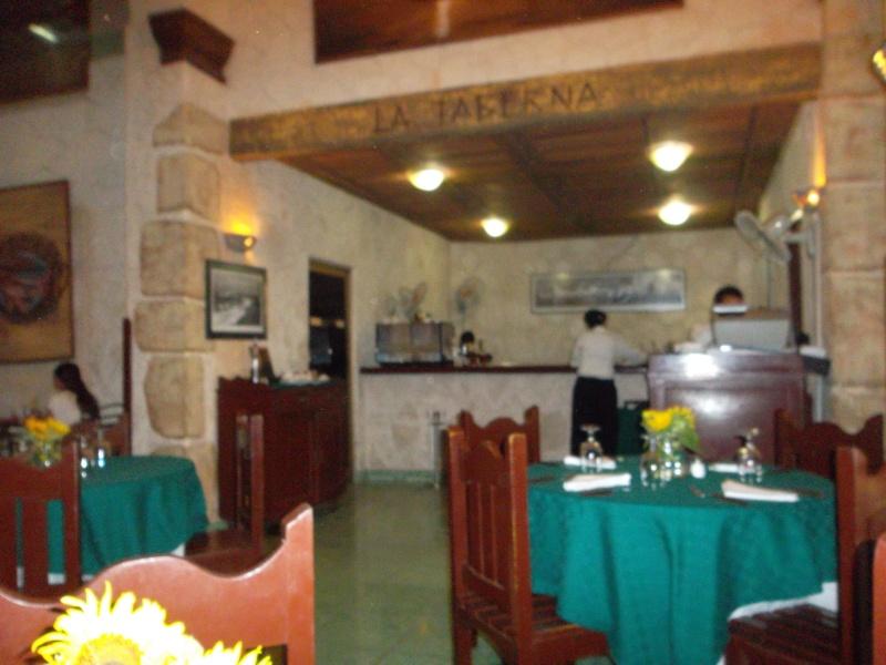 Restaurante de la Sociedad Asturiana:  Castropol Sam_0120