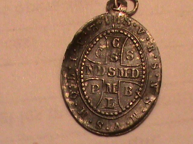 médaille de st benoit / Fin XIXe ou début XXe. Dsc00263