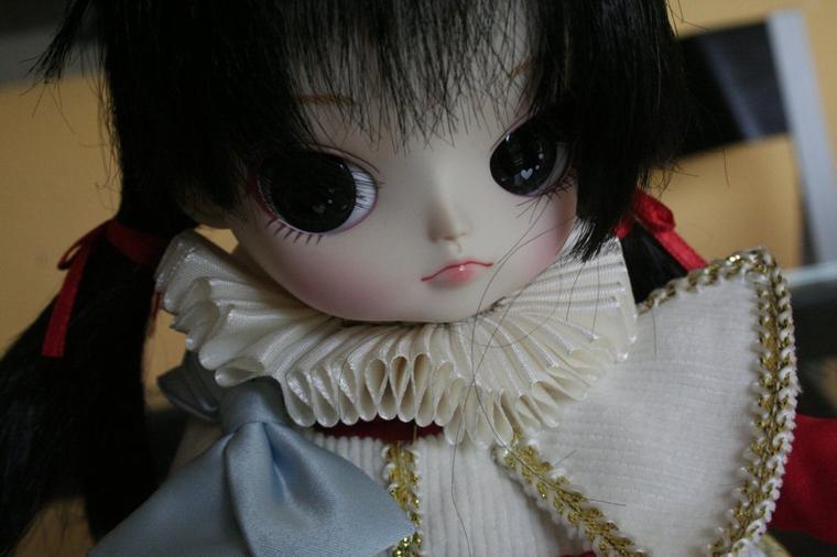 ma petite Alice  - Page 3 Lara10