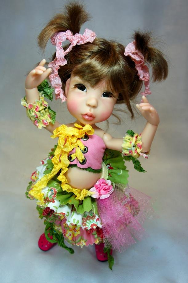 Voici baby fat Ella... fraichement débarquée d'Hawaï... satanée souris...  Baby_f10