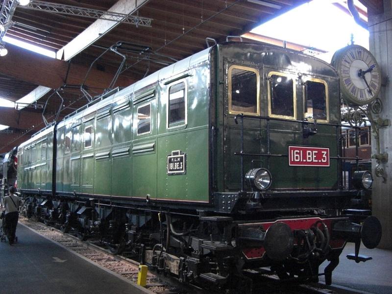 Locomotives 3ème rail Maurienne 1024px20