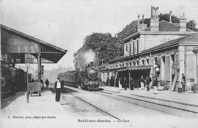 Gare de Sablé-sur-Sarthe (PK 258,9) Gare8410
