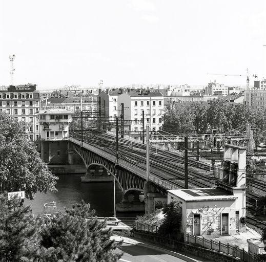 Viaduc de la Quarantaine (Lyon-Perrache) - (PK 510,5) Ivr82_10