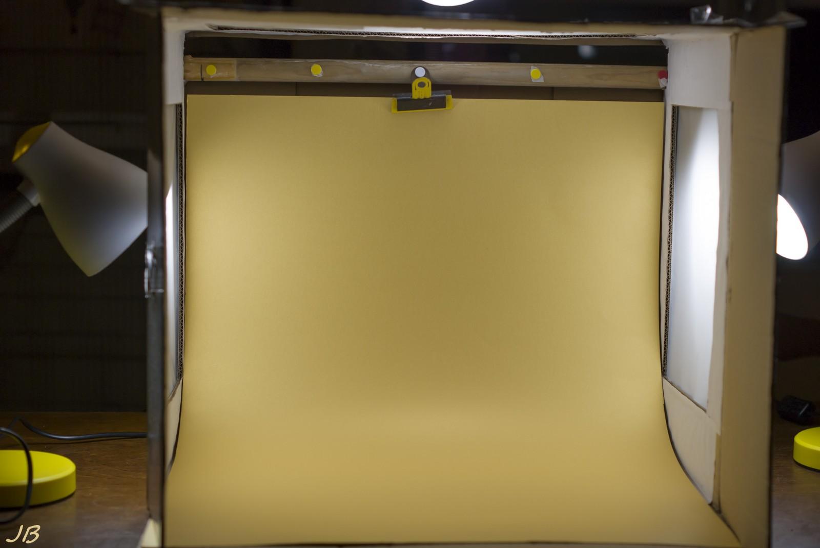 Mini studio photo  ou boite à lumière (réalisation) - Page 2 Dsc08413