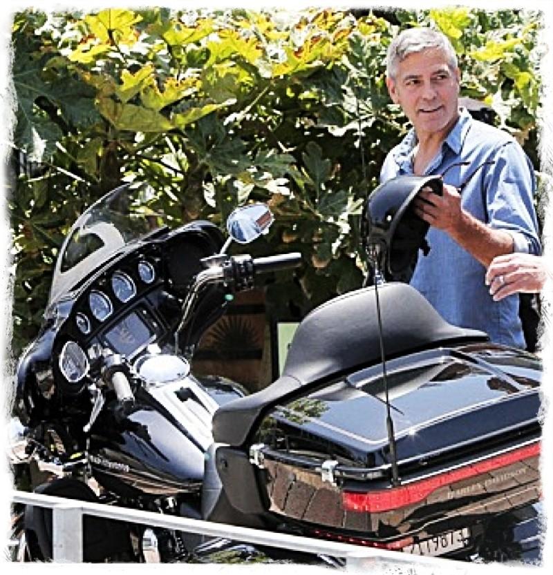 George Clooney and Rande Gerber at Cafe Habana Img_4012