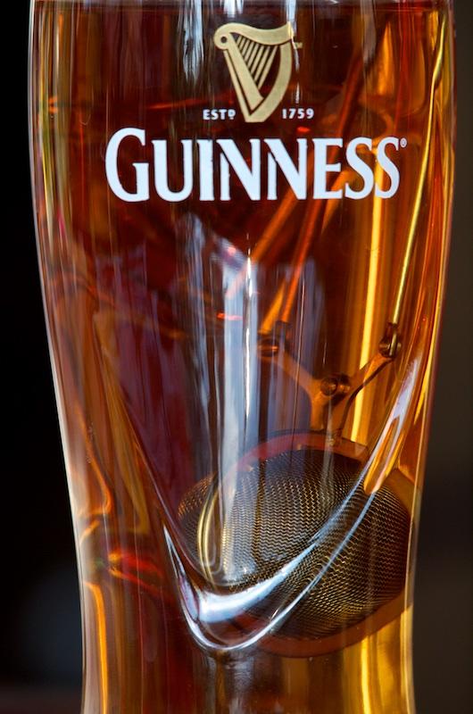 Ceci n'est  pas une bière Guines10
