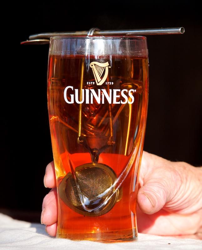Ceci n'est  pas une bière Guines11