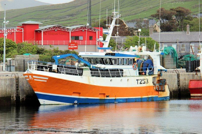 Retour d'Irlande (bateaux de pèche) Img_5213