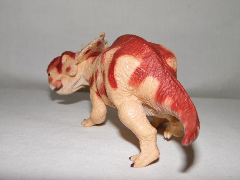 Takama's Prehistoric Battats Sam_2219