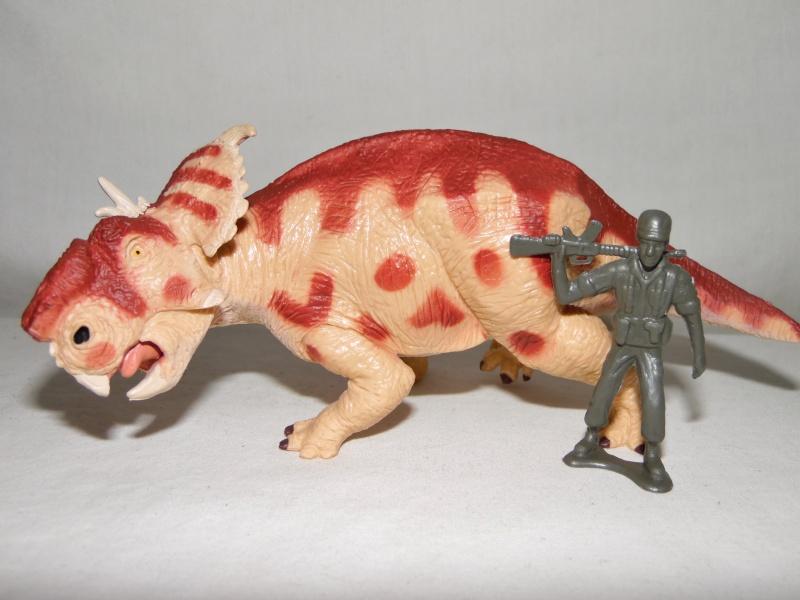 Takama's Prehistoric Battats Sam_2411