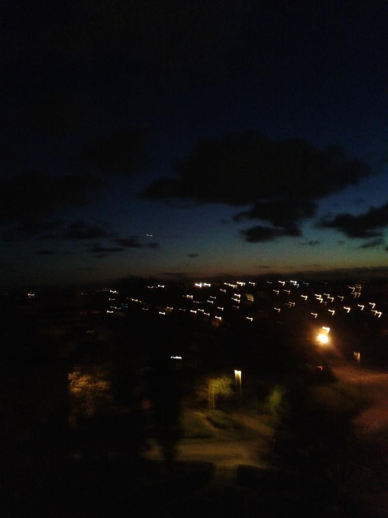 2013: le 08/11 à 19h - Lumière étrange dans le ciel  - dunkerque - Non précisé 0110