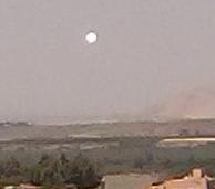 2014: le 27/05 à 15:21  - Boule lumineuse et objet noir  non précisé - Ourika (Montagnes Atlas région Marrakech) -  1253-310