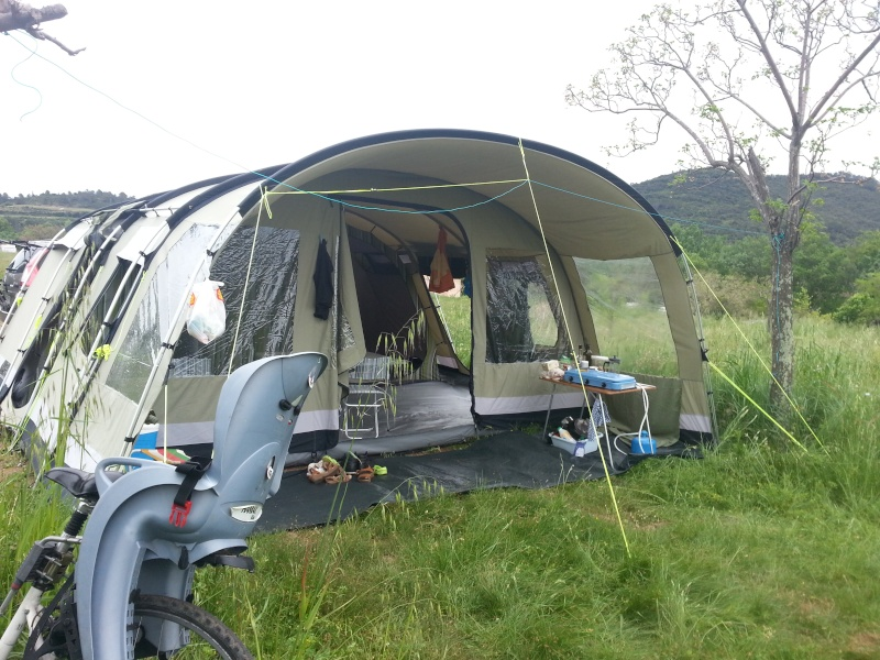 Camping Municipal au Lac du Salagou à Paques 2013-012