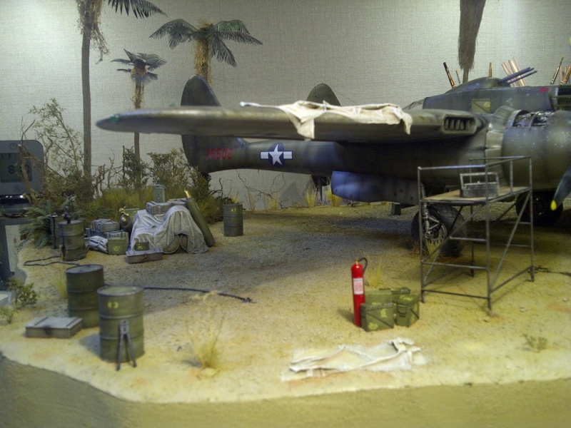 P-61  BLACK WIDOW / HOBBY BOSS 1/32 ( diorama ) - Page 2 Saint-16