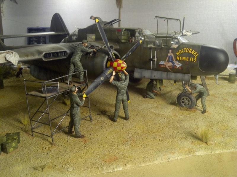 P-61  BLACK WIDOW / HOBBY BOSS 1/32 ( diorama ) - Page 2 Saint-19